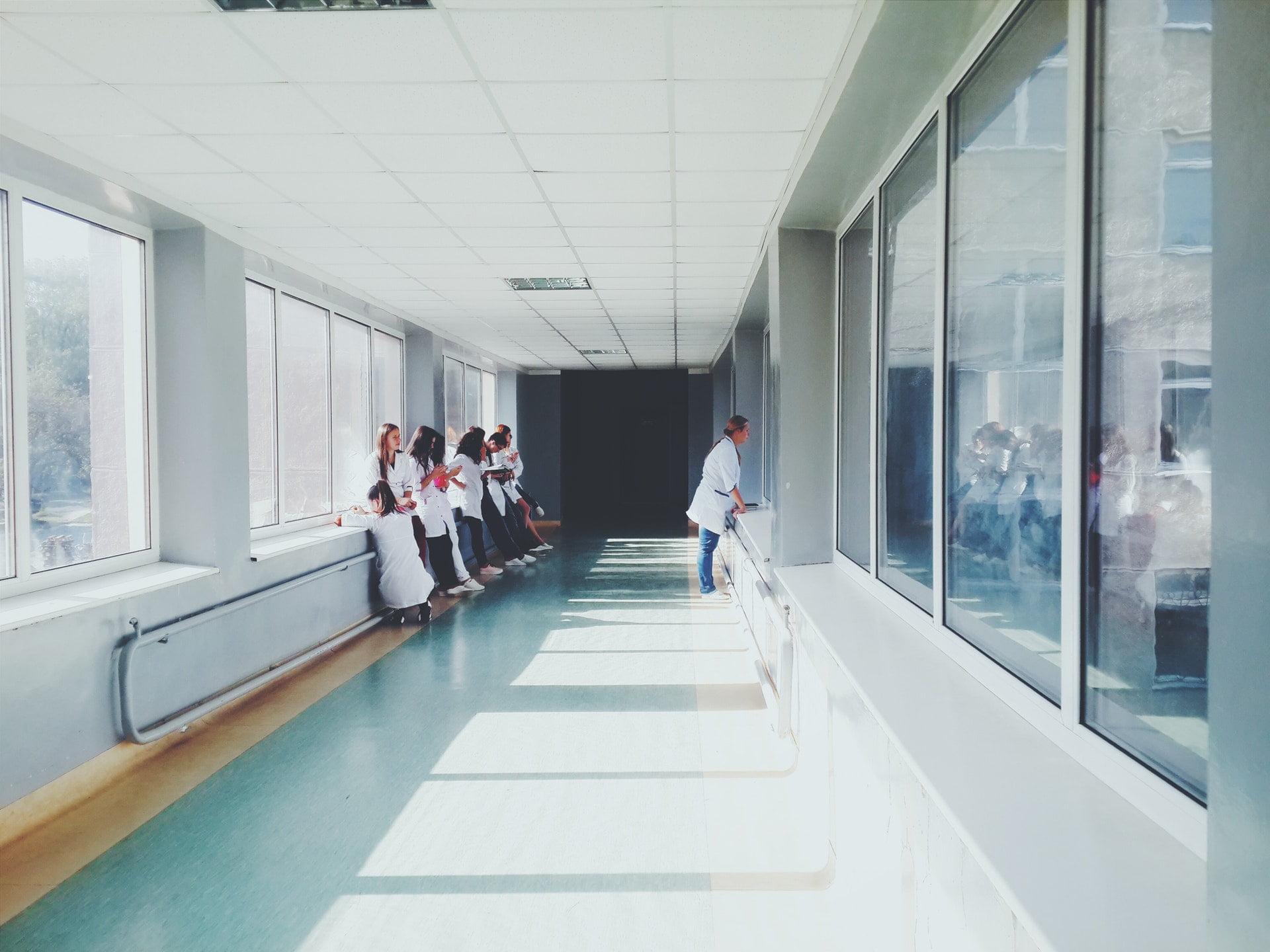 為何醫院是財團法人就不用繳稅?財團必不義!