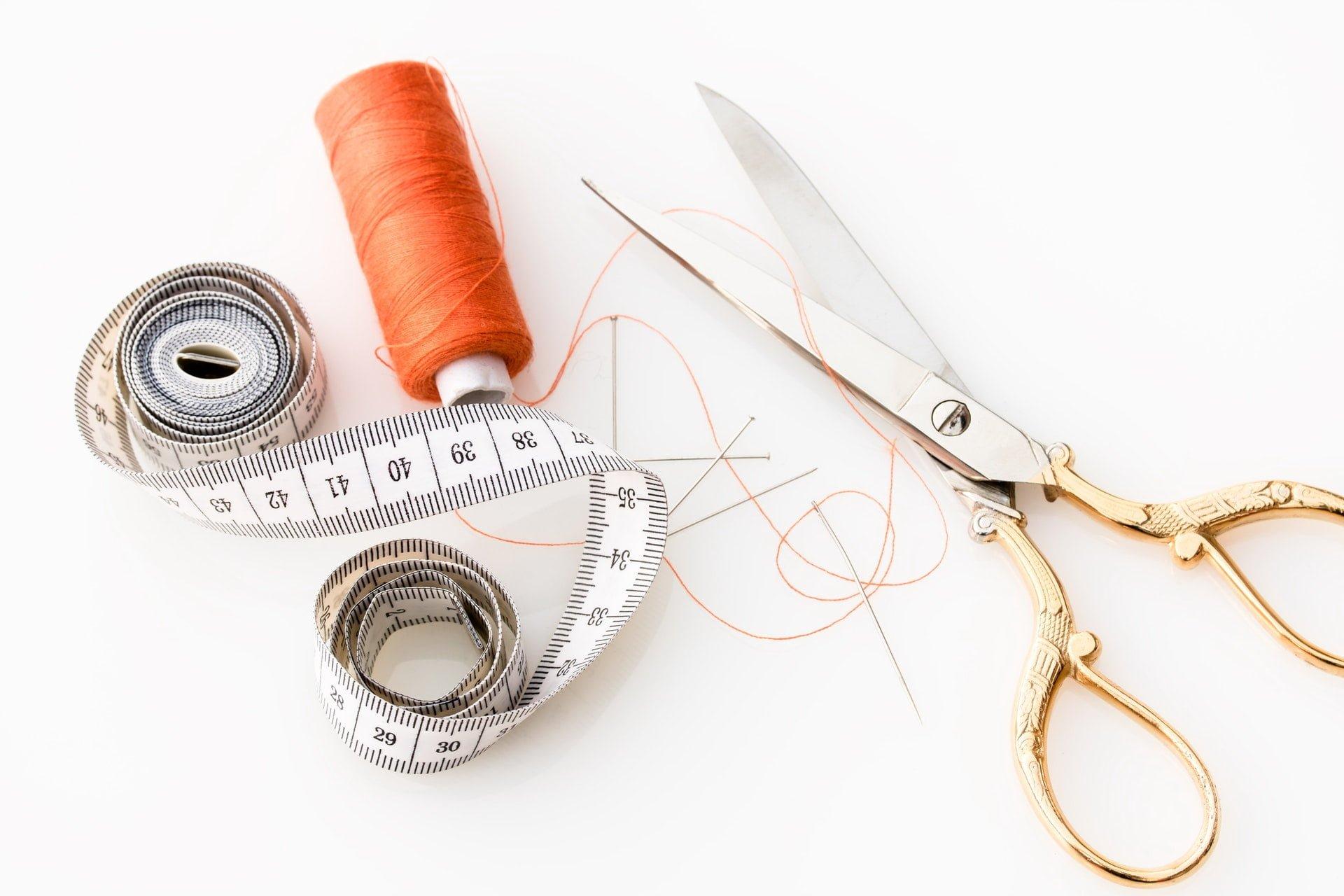 縫紉知識:在細針孔上增加穿線成功率的小技巧