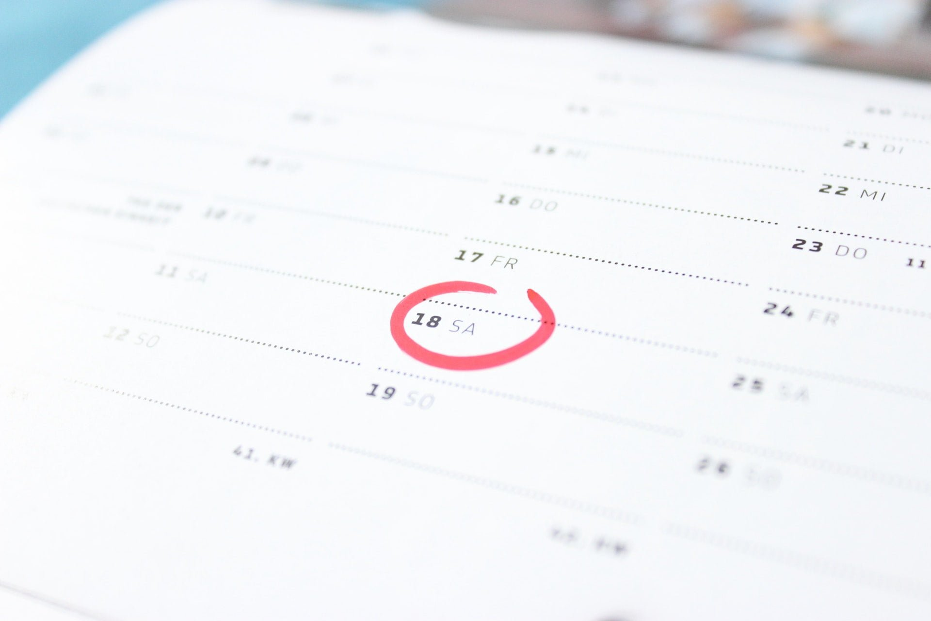 2018 年清明連假是哪幾天?共有多長假期?
