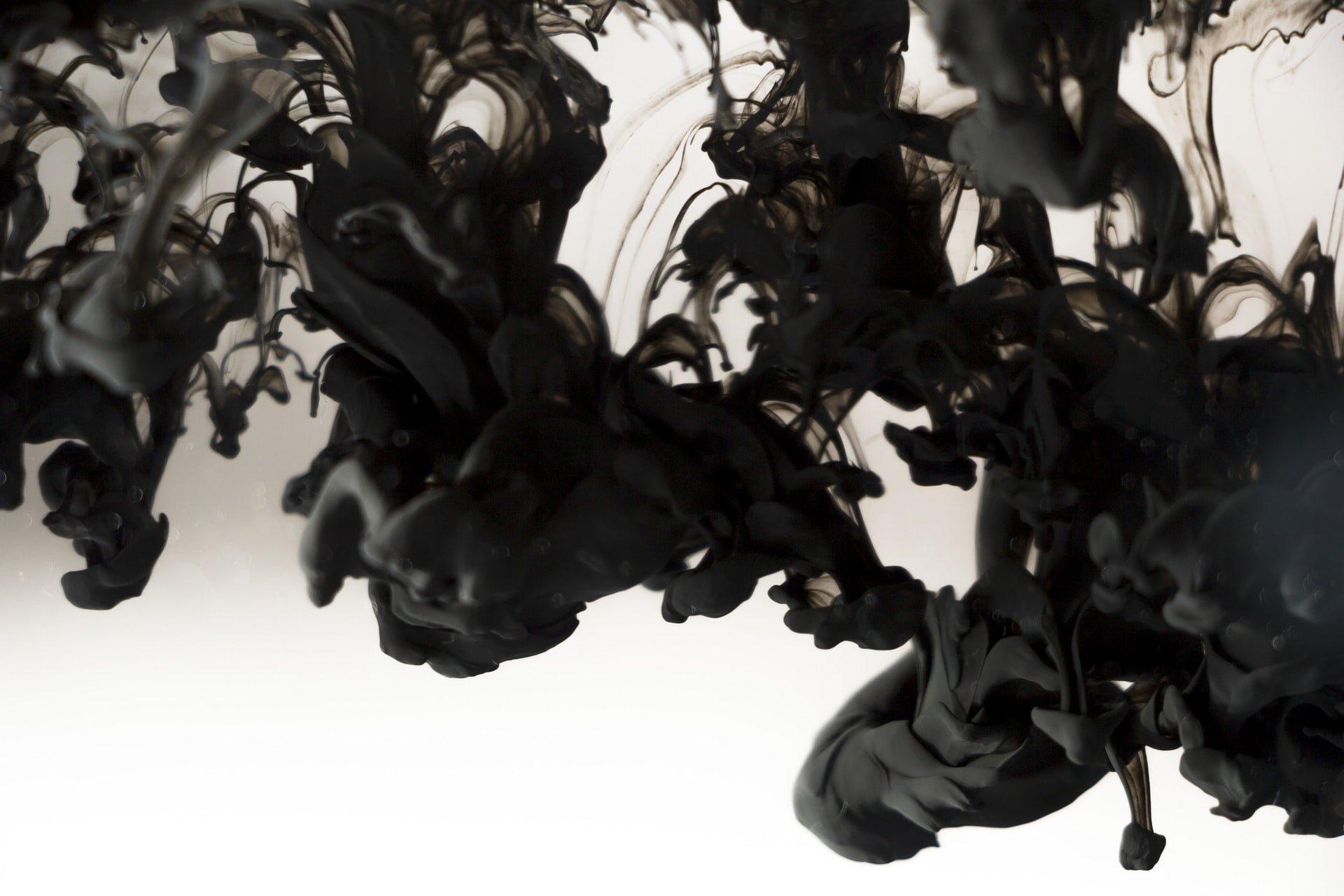 black smoke abstract water Pollution 促轉會口中「政治受難者」真的都是無辜民眾嗎?