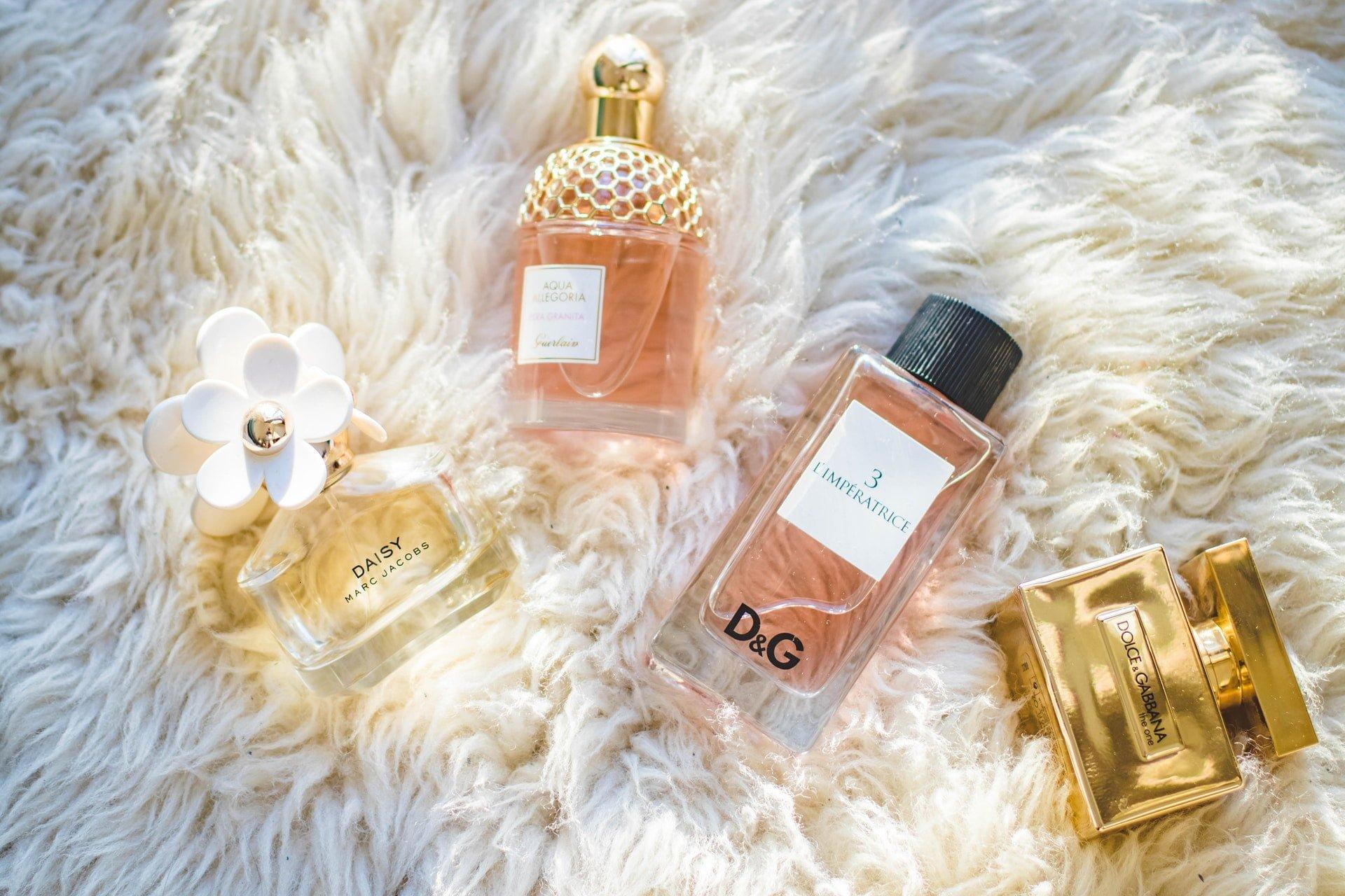 香水 perfume